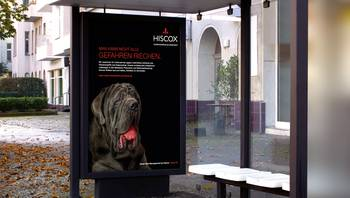 Hixcox: City-Light-Plakat mit Hund